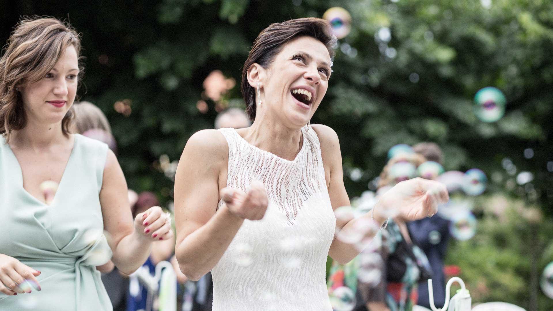 La felicita della sposa a villa paradeisos a Varese